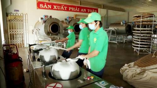 tạo hình sản xuất trà Ô Long