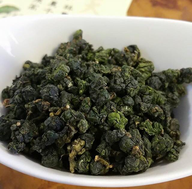 viên trà Ô Long