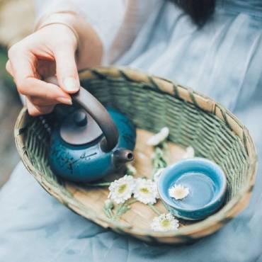 Phụ nữ mang thai có nên uống trà?