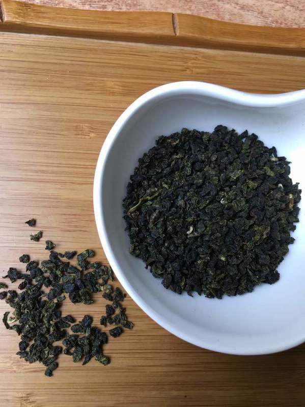 trà Ô Long bể