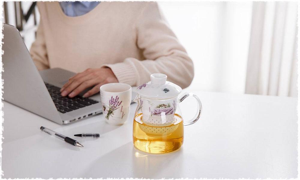 Thời gian hoàn hảo cho trà văn phòng