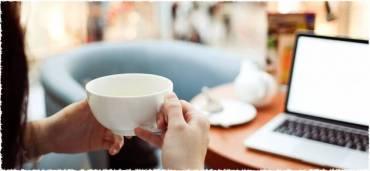 Có nên uống trà thay nước hằng ngày?