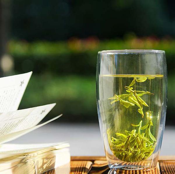 lông tơ trà