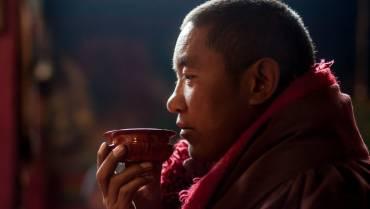 Làm thế nào để thiền với trà?